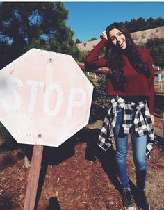 Lauren at the Christmas tree farm Lauren Cimorelli, Six Girl, Sabrina Carpenter, Love Her Style, Friend Wedding, These Girls, Cute Outfits, Photoshoot, Fashion Outfits