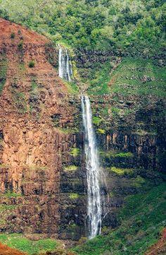 Waipo'o Falls, Waimea Canyon, Koke'e State Park in northwest Kauai, Hawaii