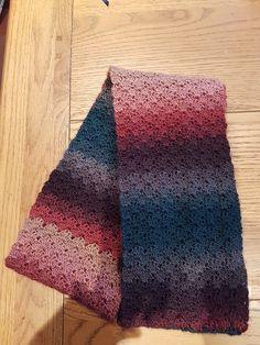 Cosy Cowl - free crochet pattern by Kerri Holmes