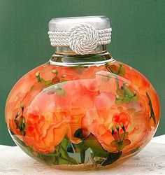 Flowers in glycerol (Masterclass) pictures) Glass Bottles, Perfume Bottles, Flowers Today, Glycerin, Recycled Bottles, Bridal Jewelry Sets, Exotic Flowers, Crafty Craft, Flower Making