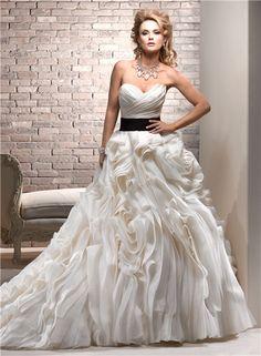 Luxury-Ball-Gown-Sweetheart-Cream-Ivory-Organza-Layered-Wedding-Dress-With-Black-Sash.jpg (450×613)