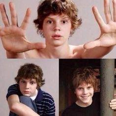 Young Evan Peters