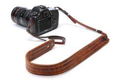 The Presidio Leather Antique Cognac Kameragurt ONA Bags Photo Accessories, Camera Accessories, Travel Accessories, Photography Accessories, Leather Camera Strap, Camera Straps, Leather Bag, Brown Leather, Camera Rig