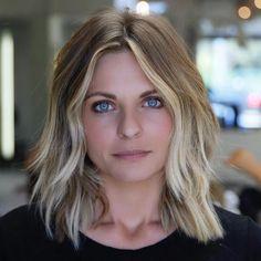 Medium Blonde Shag Hairstyle