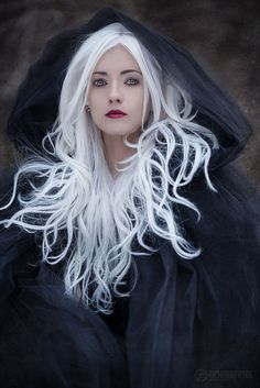 "kathifee-world: "" Schneekönigin "" love art Obsession Goth Beauty, Dark Beauty, Fantasy Photography, Portrait Photography, Fashion Photography, Mode Inspiration, Character Inspiration, Photo Repair, Illustration Mode"