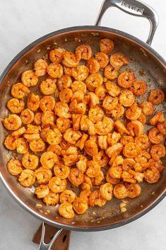 Shrimp And Spinach Recipes, Shrimp Pasta Recipes, Spaghetti Recipes, Garlic Parmesan Shrimp, Garlic Shrimp Pasta, How To Cook Shrimp, How To Cook Pasta, Brown Stew Chicken, Steak Pasta