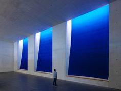 """Hans Peter Reuter: """"Kraftwerk Blau"""", Neues Museum Nürnberg"""