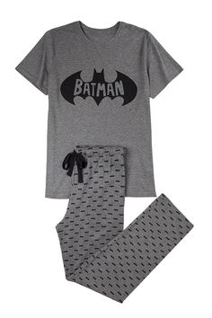 Long Batman pyjama for men Cute Pajama Sets, Cute Pajamas, Girls Pajamas, Cute Pjs, Pijama Batman, Pajama Outfits, Boy Outfits, Cute Lazy Outfits, Kids Fashion
