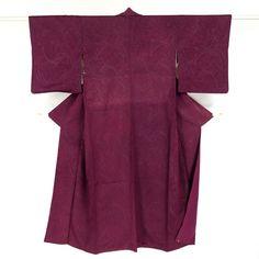 Shiny purple, silk komon kimono / キラキラと輝くラメ箔糸を織り込んだ少し古い小紋 http://www.rakuten.co.jp/aiyama #Kimono #Japan #aiyamamotoya