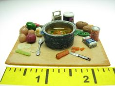 nice dollhouse miniature 1:12 scale vegetable soup prep board