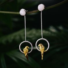 Shop at Topical jewellery for our latest jewelry trends, discover our range of tropical jewelry, from gift to loved ones to self treat. Latest Jewellery Trends, Jewelry Trends, Sea Glass Jewelry, Fine Jewelry, Garnet Jewelry, Silver Jewellery, Silver Rings, Animal Earrings, Handmade Silver