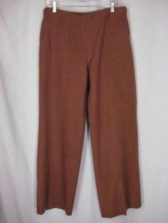J Jill linen/cotton blend pants. Perfect for spring and into summer! Womens size 12