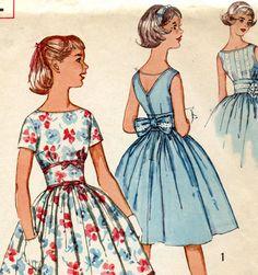Vintage Sewing Pattern Simplicity 2931 Teen by MolecularModern, $5.00