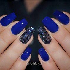 I want to do mine like these! Blue Shellac Nails, Blue Gold Nails, Royal Blue Nails, My Nails, Cute Nails, Pretty Nails, Cute Nail Art Designs, Luxury Nails, Prom Nails