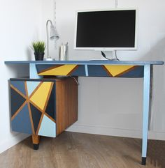 Old midcentury desk in shades of blue and yellow. #diy #desk #olddesk #yellow #blue #prl #painteddesk #beforeandafter