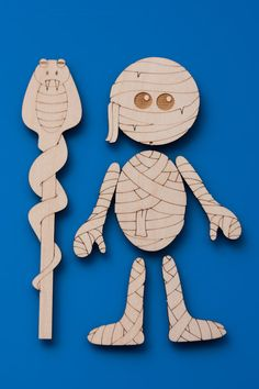 Mummy party favors! The kids can color them or leave them plain to take home with them and hang on the fridge! Magneticon™ Mummy magnet set by XyKit