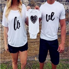 Love Family Look Matching Pajamas Clothes Mother Father Top T-shirt Baby Photo Proto Costume Summer Cotton Bebe Bodysuits