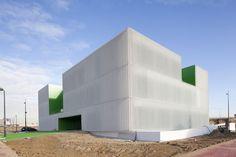 HIC Arquitectura » Dosmasuno Arquitectos | Centro de Servicios Sociales en Móstoles, Madrid