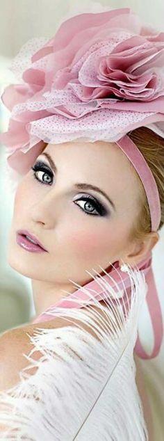 Touch Of Fashion Floral Fashion, Pink Fashion, Feather Fashion, Splash Photography, Color Rosa, Pink Lips, Girly Girl, Color Splash, Splash Art