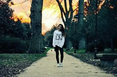 Repost @ansk8photography : @Andrea_swajer  #sefinhe #sefinheclothes #sfnh #clothes #urban #schoold #marcaderopaespañola #ropaurbana #sudadera #modaunisex #viejaescuela #streetclothing #urbanwear #like #followme #trendy #fashion #streetculture #style #bestphoto #ansk8 #photo #photography #nice #cool #sun #winter #cold #colors #beautiful  www.sefinhe.com