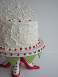 Red velvet cake...and just look at this cakestand!