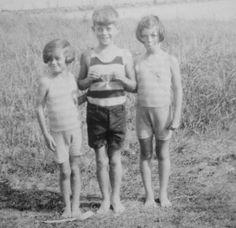 Kathleen, John and Rosemary Kennedy, c. 1925.