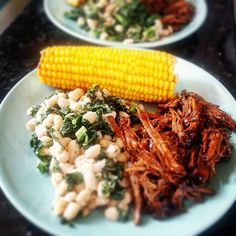 Home made bbq beef brisket with buttered corn on the cob and canellini and kale, flavoured with lemon, garlic and oregano. Sunday lunch at it's summertime best. #cornonthecob #corn #canellini #oregano #beef #beefbrisket #slowcook #bbqsauce #bbqbeef #dinnertime #sundaylunch #slowcarb #fullonslowcarb #paleo #paleoeat #paleofood #paleolife #paleoliving #paleolifestyle #paleodiet #slowcarbdiet #yummyfoods