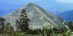 Pirámide de Indonesia http://muyinteresantespain.blogspot.com.es/search/label/%27ANTIGUAS%20CIVILIZACIONES%20Y%20GRANDES%20DESCUBRIMIENTOS%27#.UxifTPQT9N8