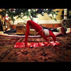 Yoga & Jenga favourites: 36 Clever Places to Put Your Elf on the Shelf (PHOTOS)
