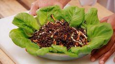 ¿Has pensado alguna vez en hacer una receta rápida, nutritiva y súper fácil de digerir? Hoy aprendemos a hacer una quinoa negra espectacular que seguro que os encantará!
