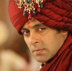 Bollywood Stars Who Should Get Married Now