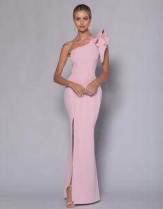 Barino australia comes in emerald Long Bridesmaid Dresses, Brides And Bridesmaids, Bridal Dresses, Prom Dresses, Long Dresses, Semi Formal Dresses, Formal Evening Dresses, Engagement Dresses, Groom Dress