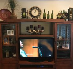 Top of entertainment center Farmhouse Fireplace Mantels, Top Of Cabinets, Living Room Entertainment Center, Decorating Your Home, Decorating Ideas, Decor Ideas, Stone Houses, Cozy Living Rooms, Living Furniture