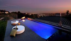 Dachterrasse Pool schöne Aussicht Stadt Skyline