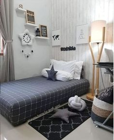 Ideas for Small Bedroom Decor Tiny Bedroom Design, Small Room Design, Home Room Design, Room Ideas Bedroom, Small Room Bedroom, Home Decor Bedroom, Minimalist Room Design, Trending Today, Hacks Videos