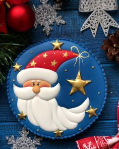 All of these are the easiest Christmas recipes. If you want to cook some desserts for your family, p Christmas Sugar Cookies, Christmas Treats, Gingerbread Cookies, Christmas Recipes, Iced Cookies, Royal Icing Cookies, Cupcake Cookies, Kinds Of Cookies, Cookie Designs