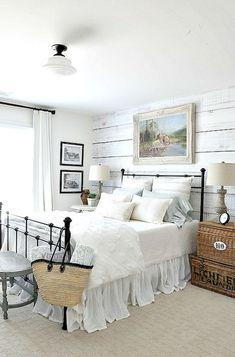 Stunning 55 Modern Lake House Bedroom Ideas crowdecor.com/...