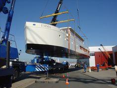 houseboat ship netherlands