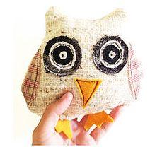 Textured White Mintchi Owl - Awake SML
