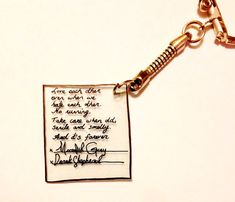 This is for a plastic Greys Anatomy Meredith and Derrick Charm.You can also take it off of the keychain and make into a necklace. Item includes the