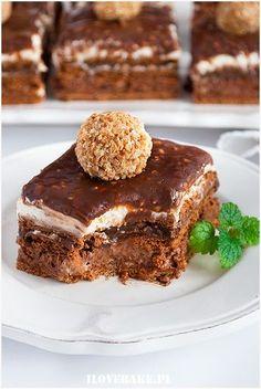 Ciasto ferrero rocher bez pieczenia - I Love Bake Sweet Recipes, Cake Recipes, Snack Recipes, Dessert Recipes, Cooking Recipes, Delicious Desserts, Yummy Food, Ferrero Rocher, My Dessert