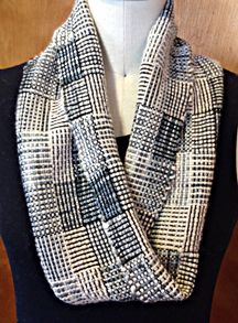 "Mobius cowl - Log cabin pattern - weaving length of 40"" for a 36"" finished length of scarf."