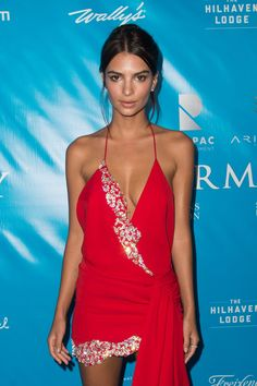 Pin for Later: You'll Want Emily Ratajkowski to Turn Her Back to You in This Dress