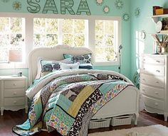 Chic Bedroom Decorating Ideas for Teen Girls. Every teen girl has her own unique style. What better way to express it than in a room all her own?