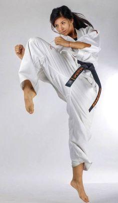 kick girls martial arts 600 14 Kickstart your day in a sexy Martial Artsy way (60 Photos)
