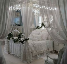 Style Shabby Chic Noir Et Blanc unless Shabby Chic Style Ideas & Chic Not Shabby Cottage Atlanta when Shabby Chic Furniture Techniques, Home Decor Collections Shabby Chic Bedrooms, Bedroom Vintage, Trendy Bedroom, Shabby Chic Homes, Shabby Chic Style, Shabby Chic Furniture, Shabby Chic Decor, Shabby Vintage, Shabby Chic Canopy Bed