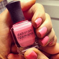 We love Amy Morrison's #pink #mani w/ @deborahlippmann Daytripper! #beautyreport