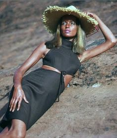 Veruschka in the desert