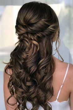 wedding hair half up half down twisted and curls on long hair renee marie via in - All For Bridal Hair Wedding Hairstyles Tutorial, Wedding Hairstyles For Long Hair, Down Hairstyles, Easy Hairstyles, Hairstyle Ideas, Creative Hairstyles, Long Brown Hairstyles, Hairstyles For Weddings, Hairstyle Wedding