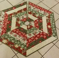 Quilting : Tree skirt